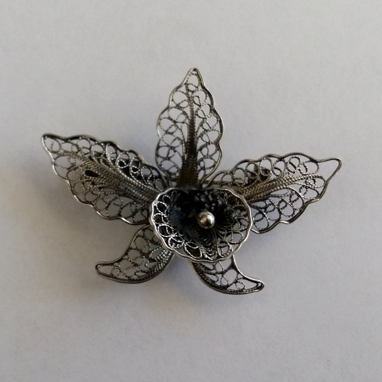 Filigree Brooch Orchid Dark