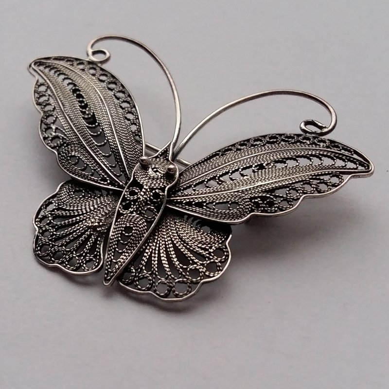 Filigree Butterfly Brooch Mariposita