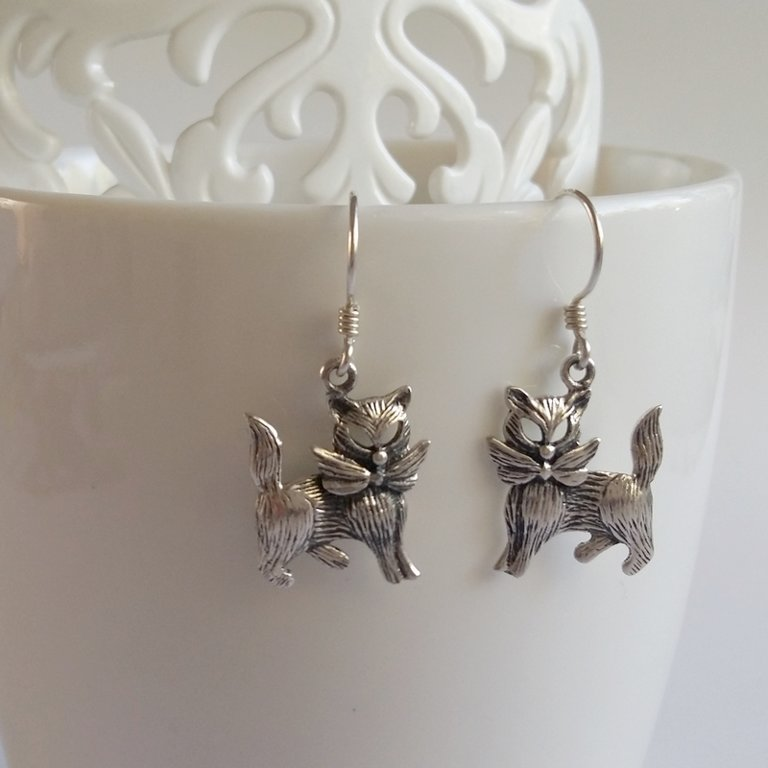 Silver Cat Earrings Gatos