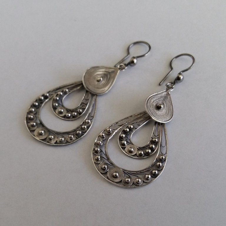 Filigree Earrings Buleria