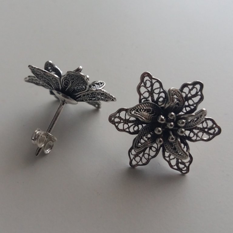Filigree Earrings Flor de Amor