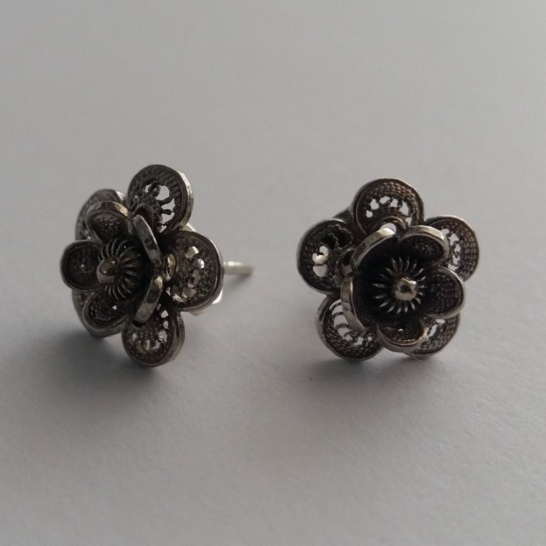 Filigree Earrings Flor de Pasion