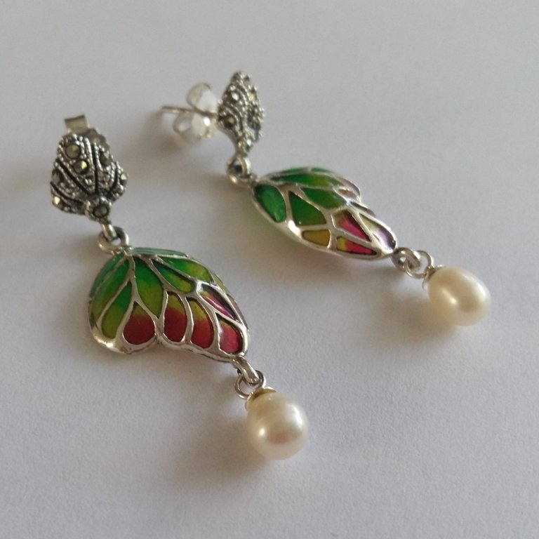 Stained Glass Earrings Mariposa con Perla Verde