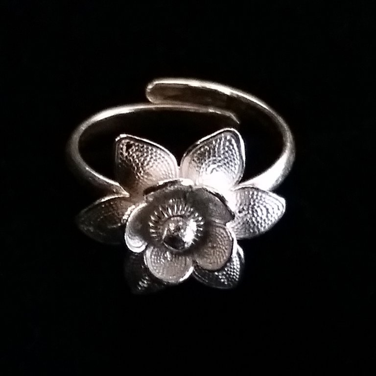 Filigree Ring Flor