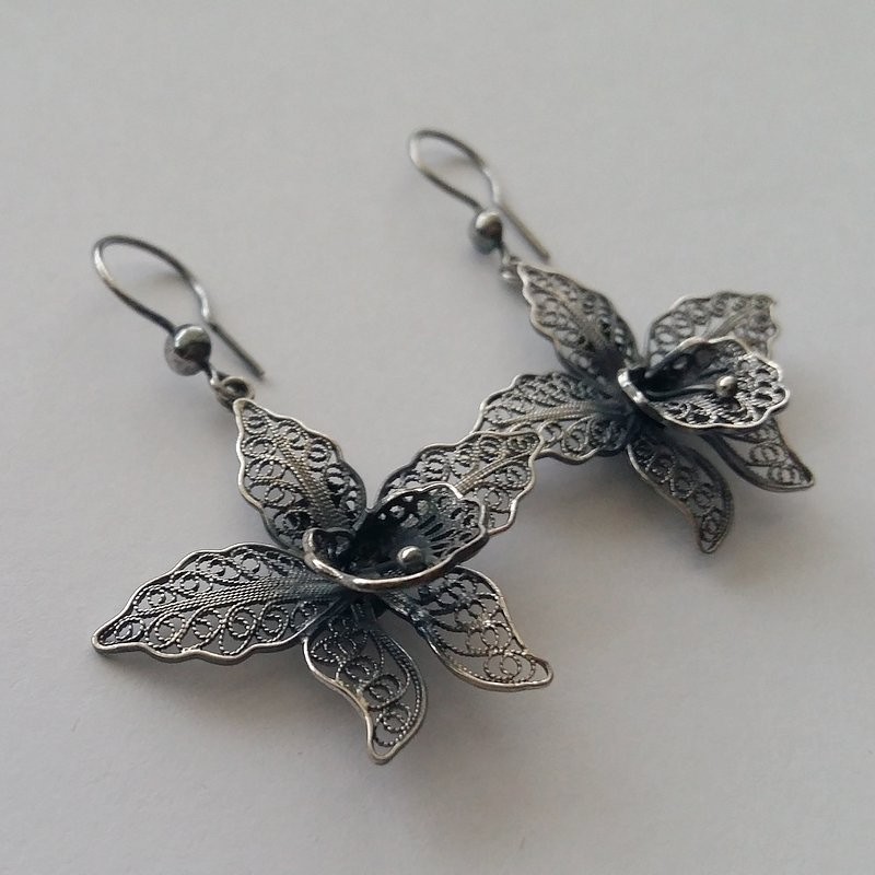 Filigree Earrings Orchids, dark