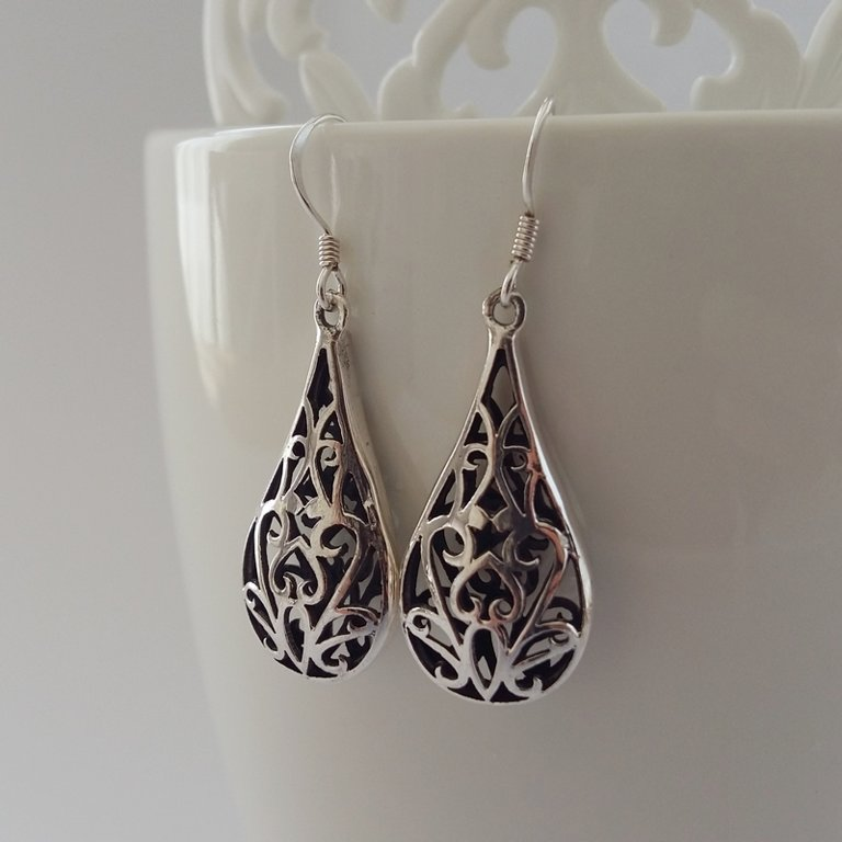 Earrings with Oriental Look Dalia