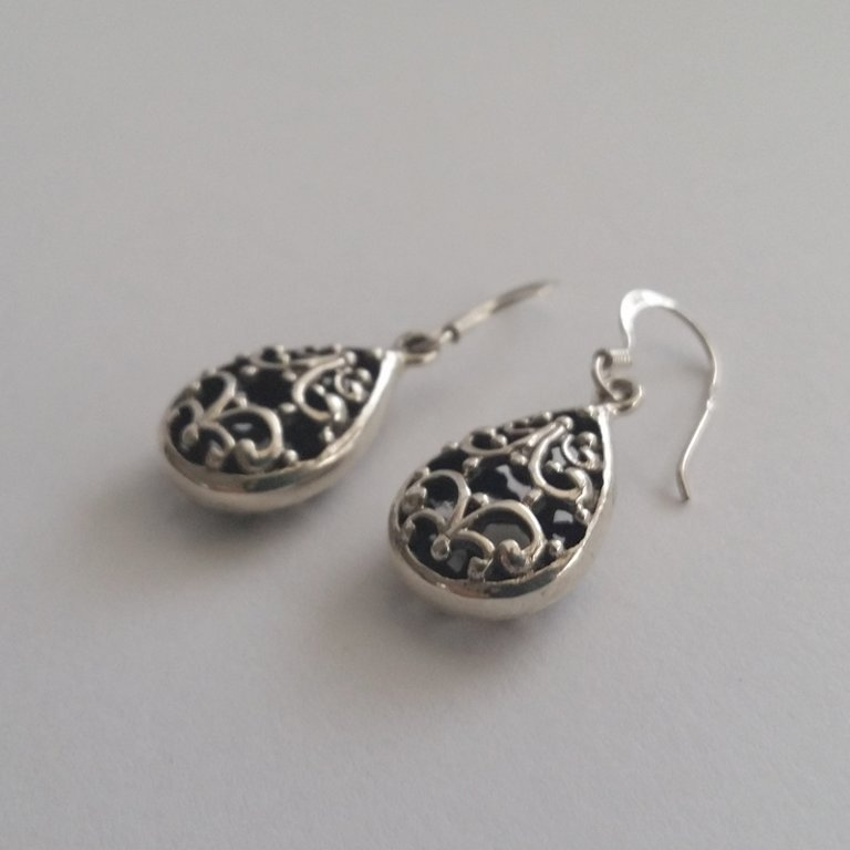 Earrings with Oriental Look Jimena