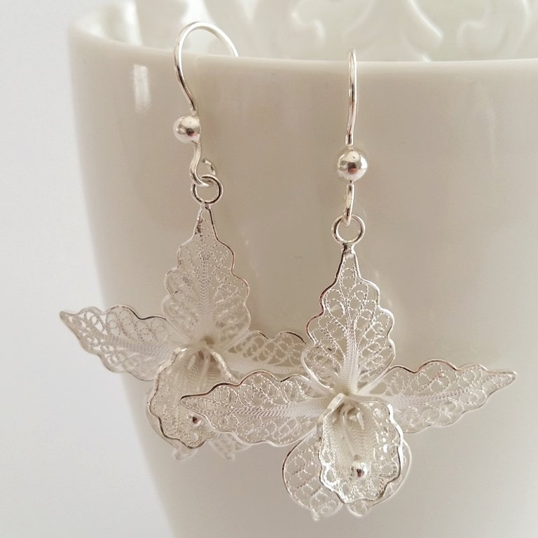 Filigree Earrings Orchids, light
