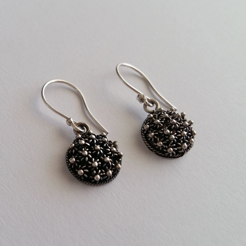 Charro Earrings Roseton Largo, dark