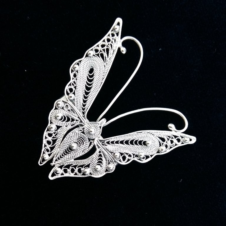 Filigree Brooch Mariposa