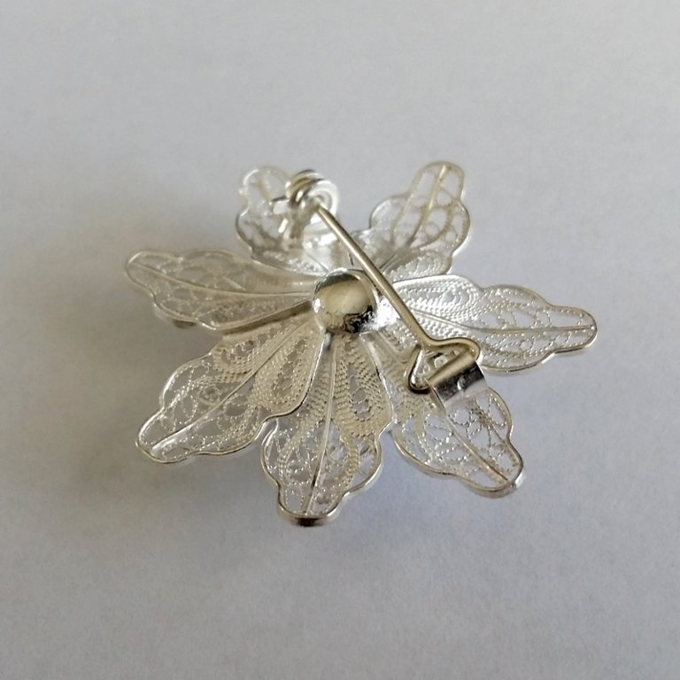 Filigree Brooch Flor de Aurora