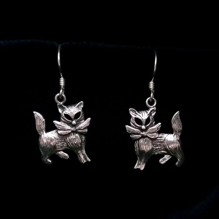 Silver Cat Earrings Gatos