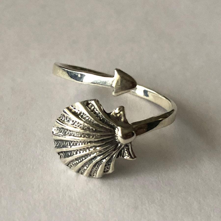 Silver Shell Ring Concha
