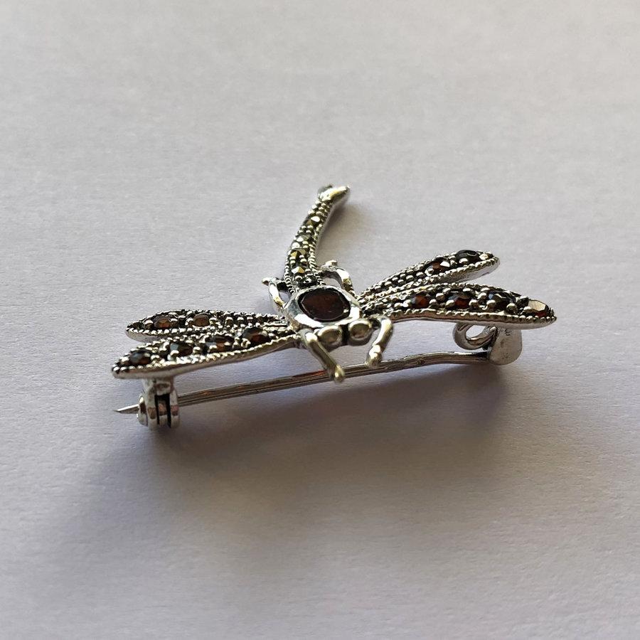 Dragonfly Brooch Libelula Granate