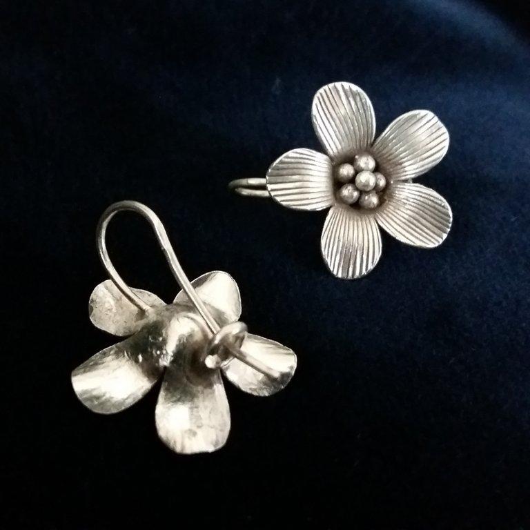 Silver Earrings Flor de Felicidad