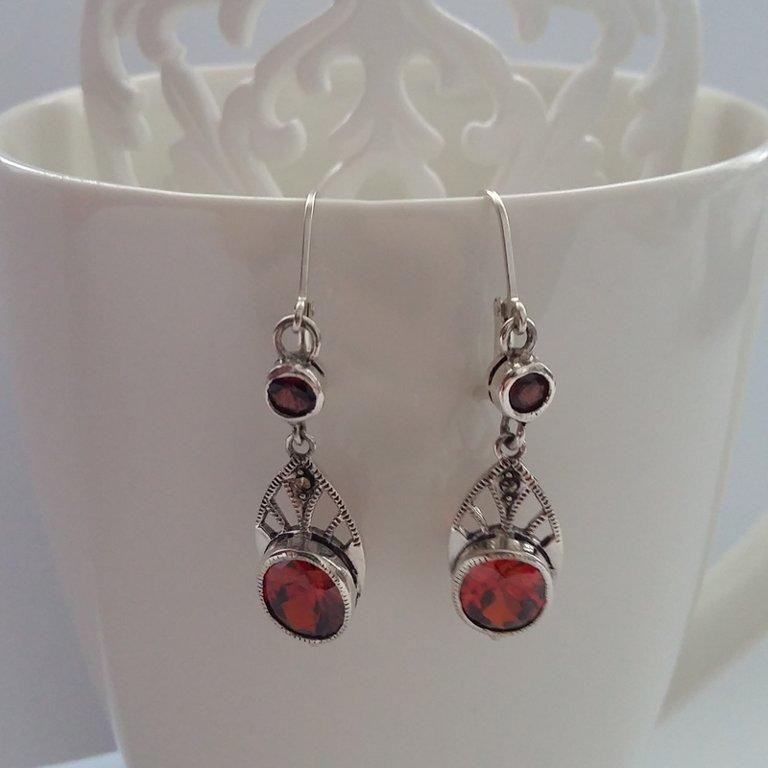 Garnet Earrings Granate Rojo