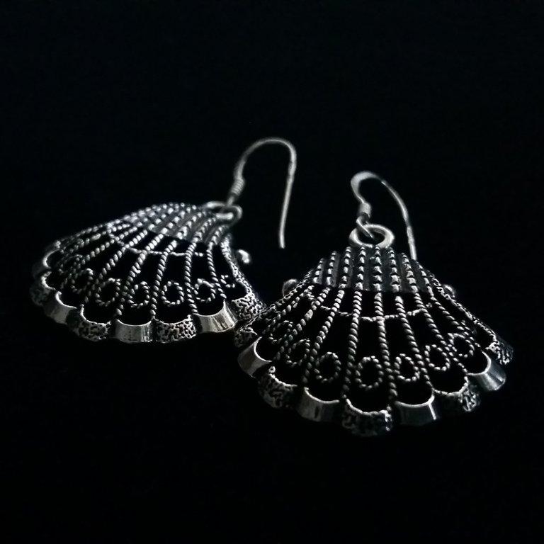 Silver Shell Earrings Las Conchas