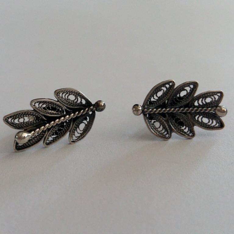 Filigree Earrings Laurel Oscuro
