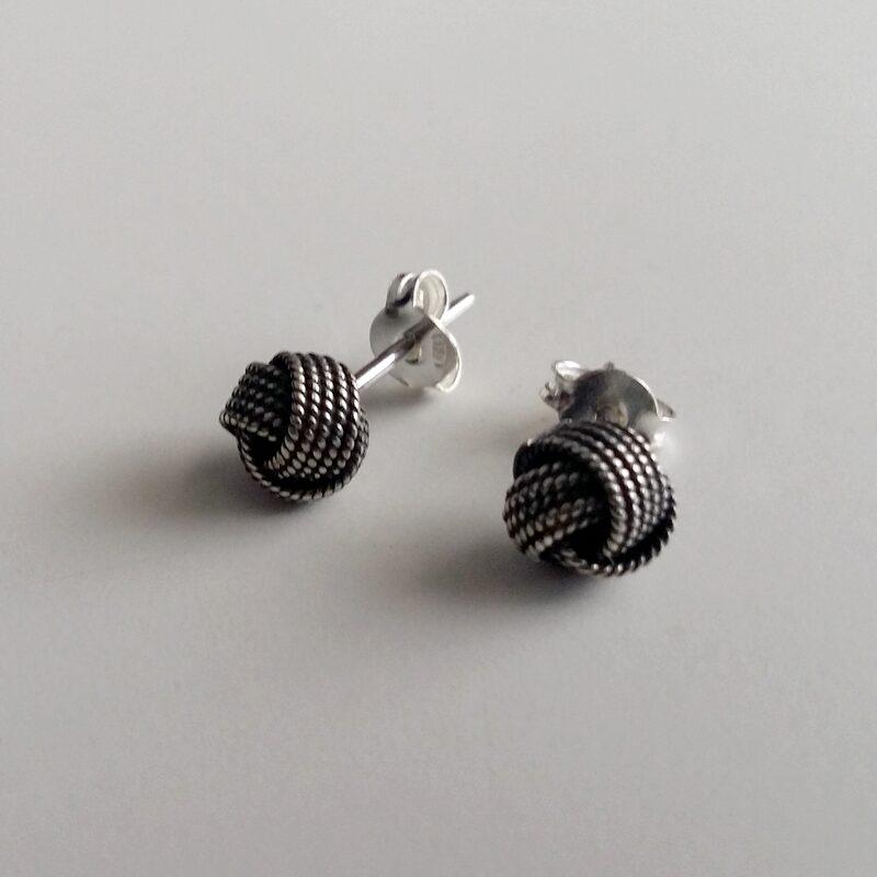 Silver Stud Earrings Petite Nudo Celta