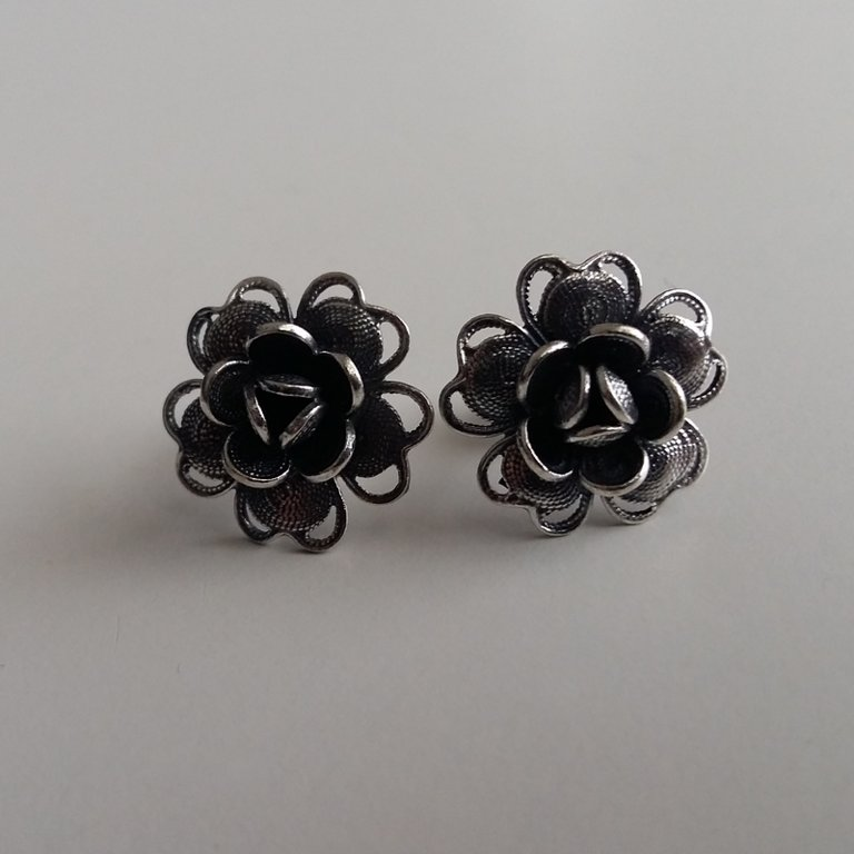 Filigree Earrings Flor de Belleza Dark