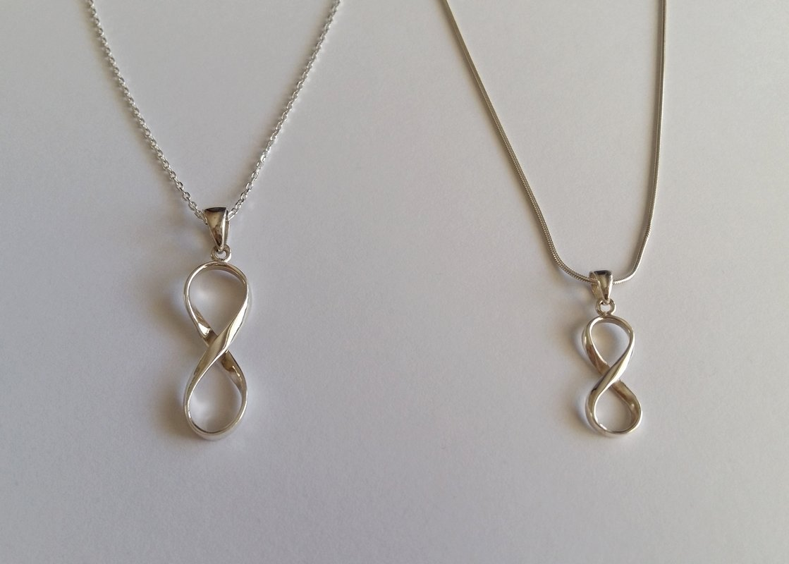 Silver Infinity Pendant Necklace Infinito