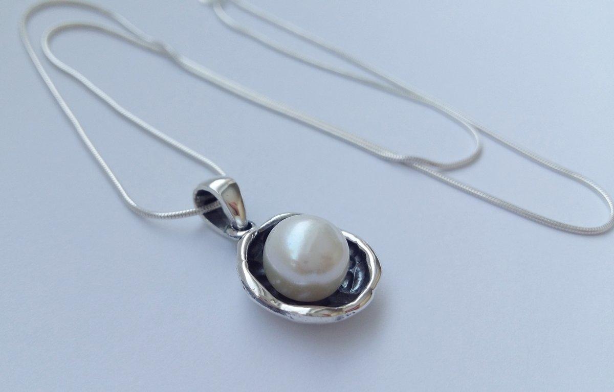 Pearl Pendant La Perla