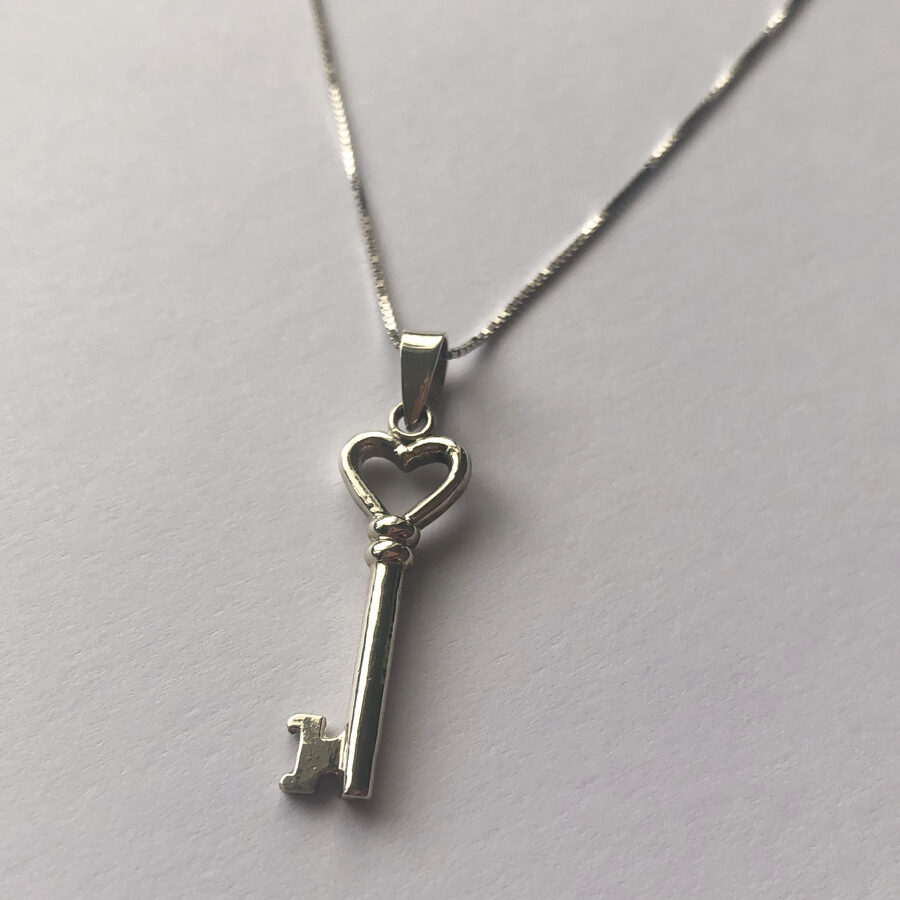 Heart Key Pendant Llave Corazon