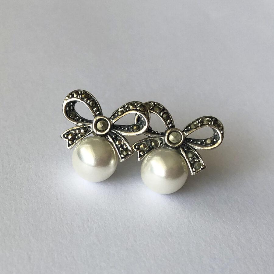 Pearl Earrings Lazo con Perla