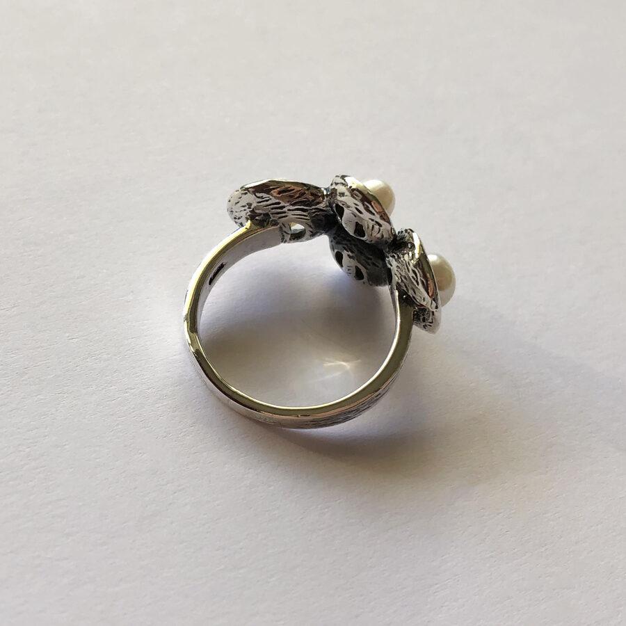 Pearl Ring La Perla