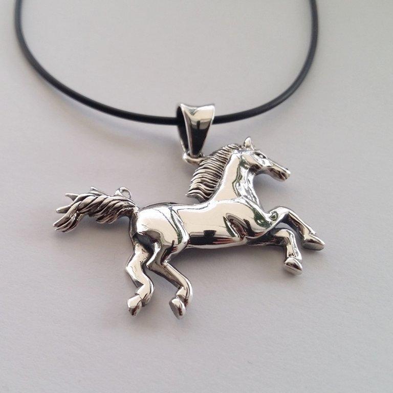 Silver Pendant El Caballo