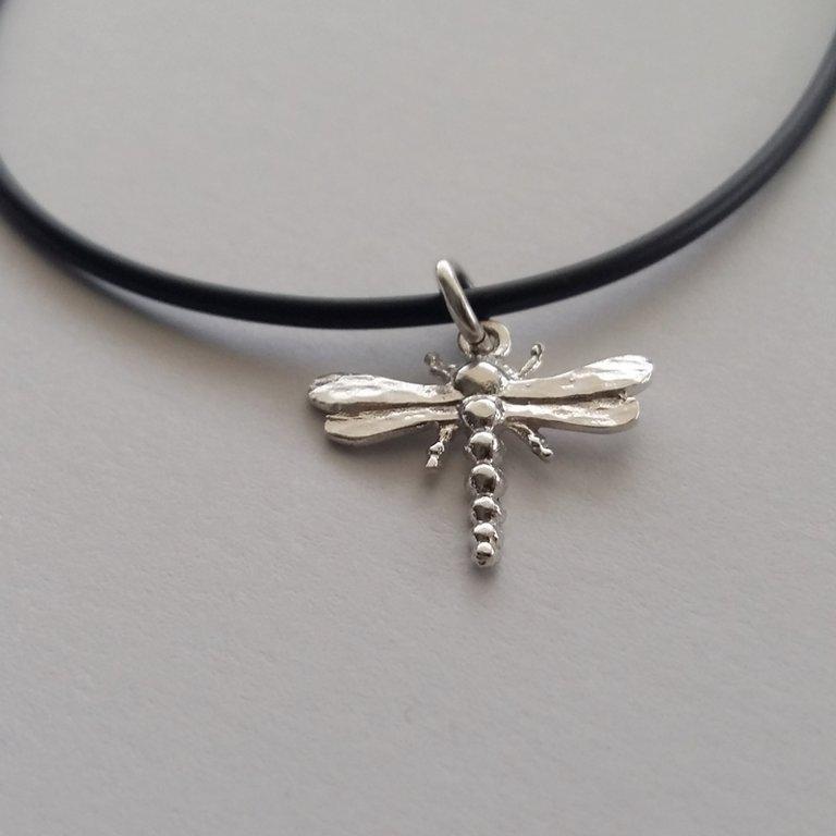 Silver dragonfly pendant Libelulita
