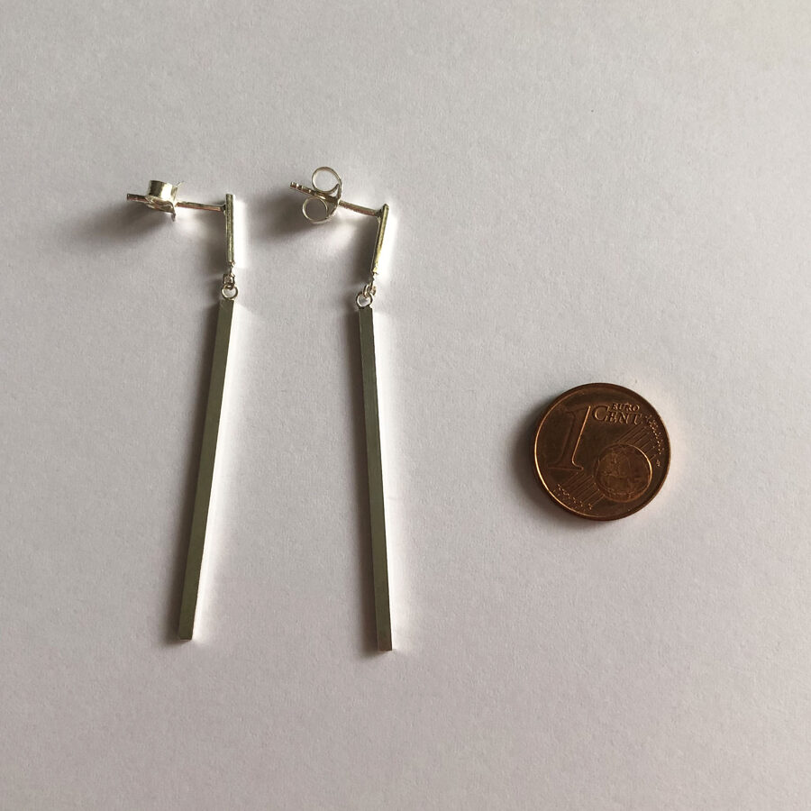 Minimalist Earrings Raya