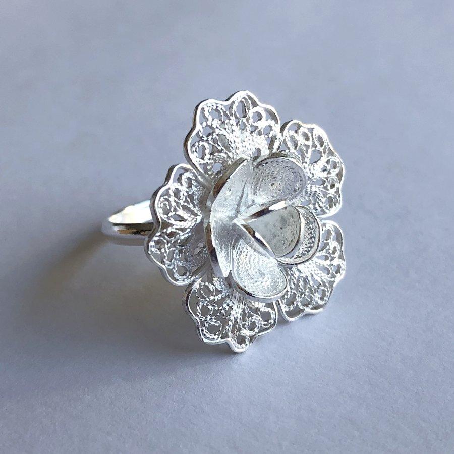 Filigree Ring Flor de Esperanza