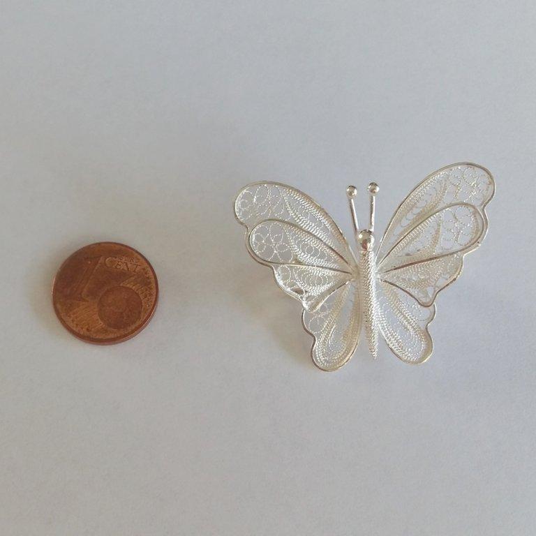 Filigree Butterfly Brooch Mariposa Blanca