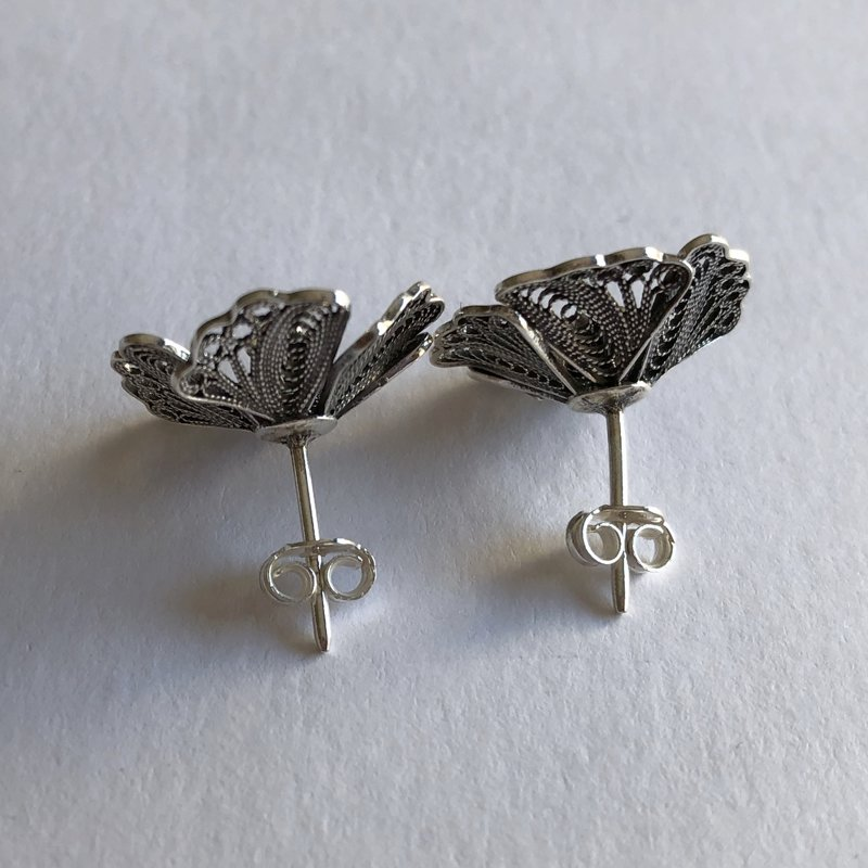 Filigree Earrings Almendro