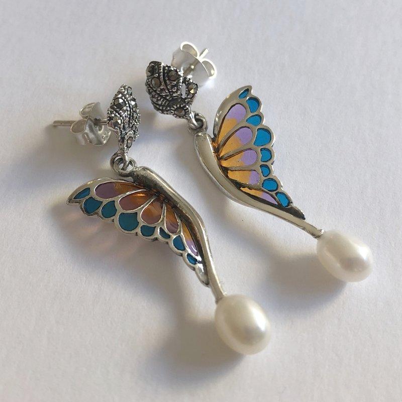 Stained Glass Butterfly Earrings Alas de Mariposa Naranja Azul