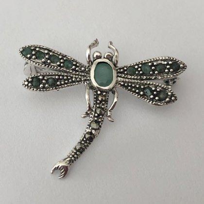 Dragonfly Brooch with Emerald Libelula Esmeralda