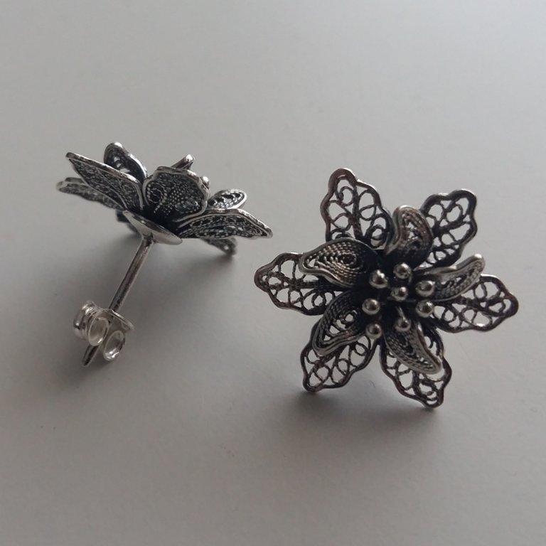 Filigree Earrings Flor de Amor