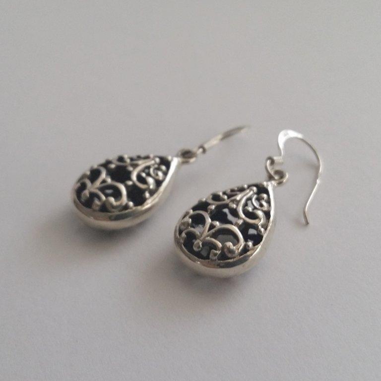 Earrings with Oriental Look Jimena