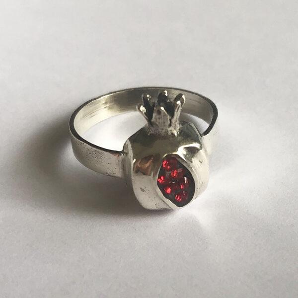 Sudraba granātābola gredzens Granada