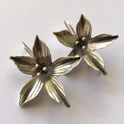 Silver Flower Earrings Flor de Felicidad II