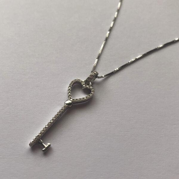 Silver Key Pendant Llave Corazon Circonita